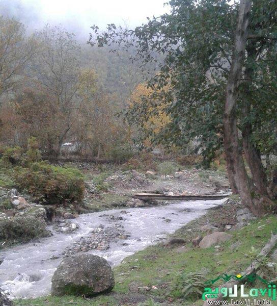 یکی رودخانه های لاویج رود